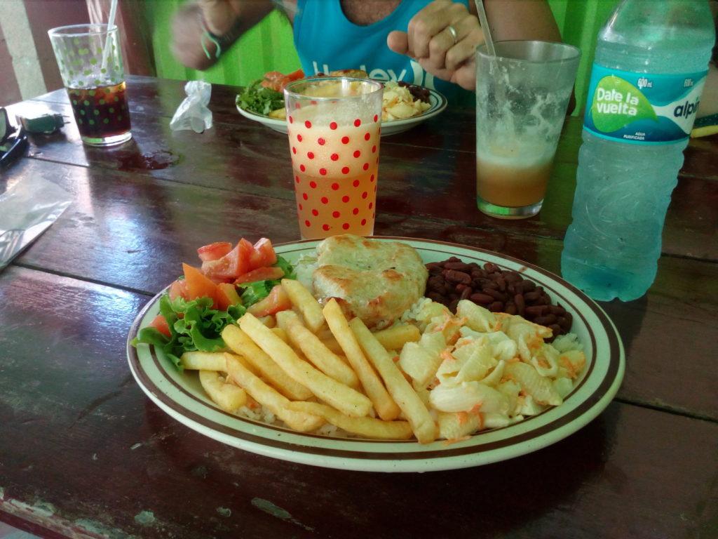 Casado plat typique du Costa Rica