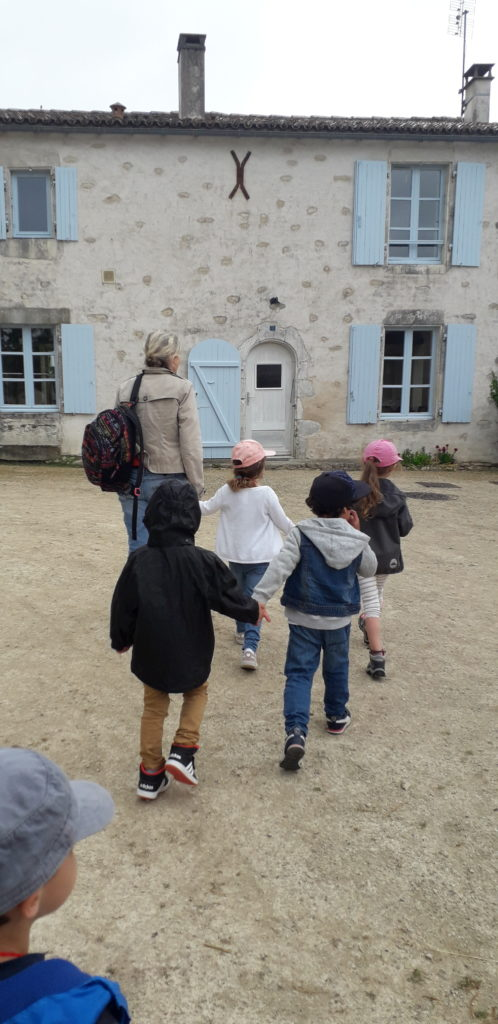 Asinerie du Baudet du Poitou à Dampierre-sur-Boutonne Charente-Maritime